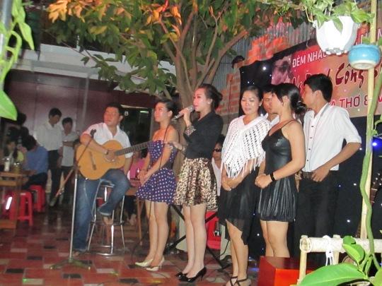 San Hung top n