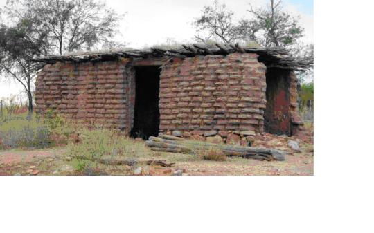 ngôi nhà gạch mộc